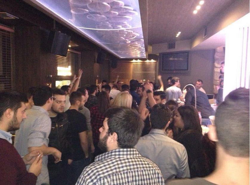 Άρεσε πολύ ο George Tsilipakos, στο cafe bar Mode στην Κοζάνη, το βράδυ της Τρίτης 25/11