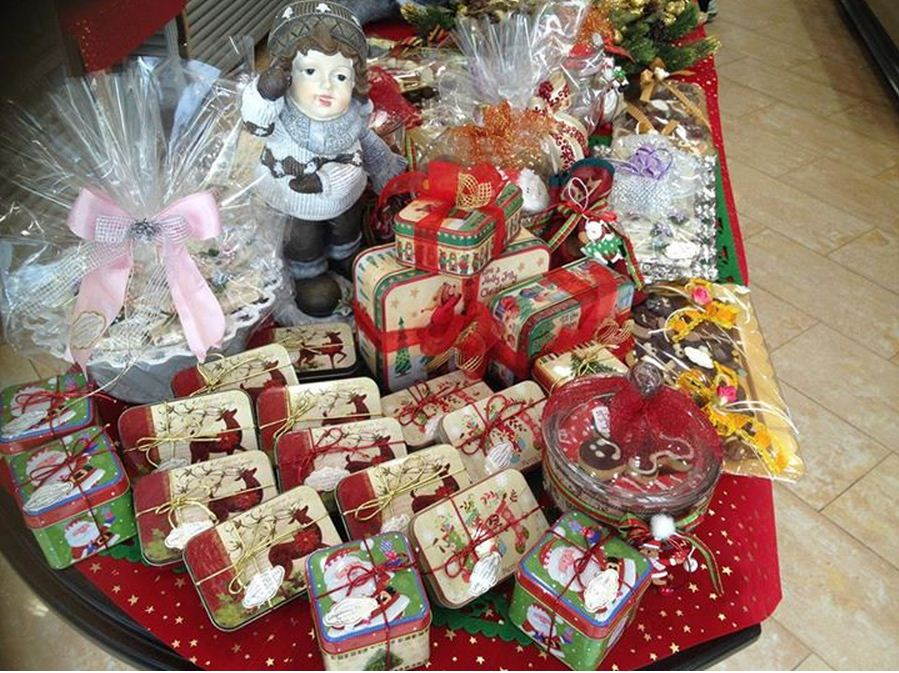 Γλυκά Χριστούγεννα με… χριστουγεννιάτικα γλυκά από το ζαχαροπλαστείο Σιδηρόπουλος στην Πτολεμαϊδα