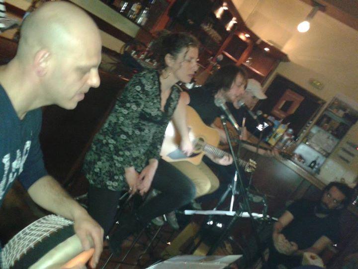 Όμορφη μουσική Βραδιά στο Καφενέ Μεζεδοπωλείο  «50-50'στην Κοζάνη,παρέα με τους «ΑΜΑΝΙΤΕΣ»,  την Παρασκευή 23 Ιανουαρίου