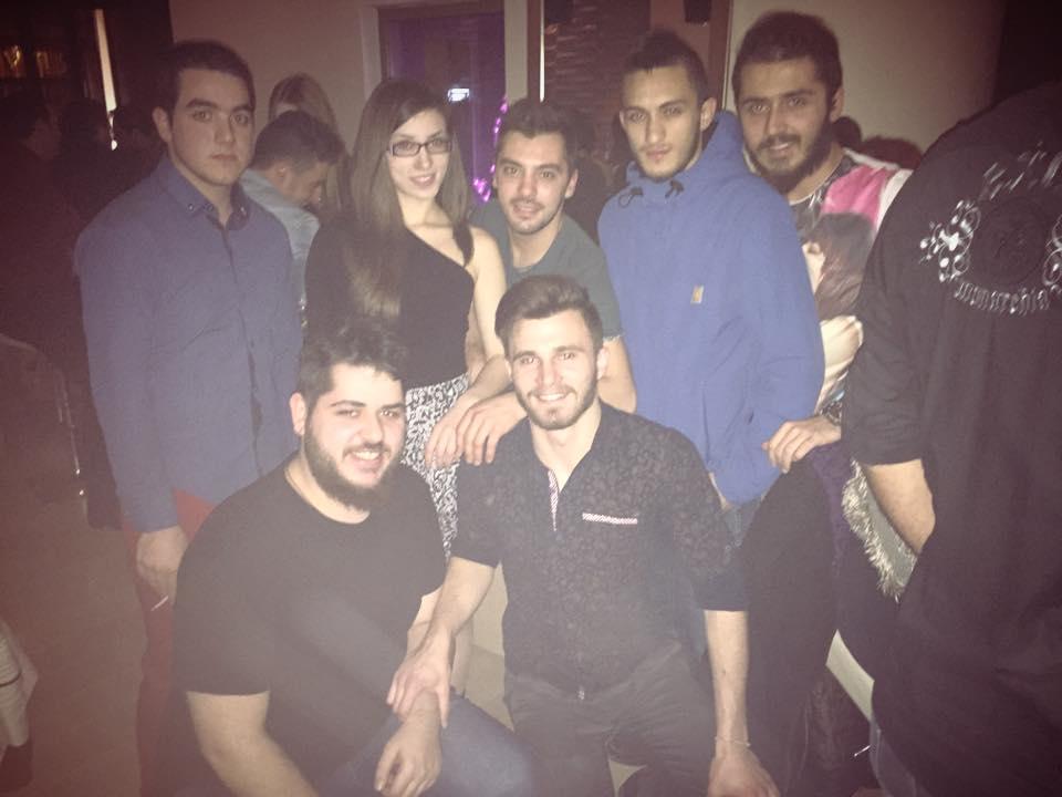 Φωτογραφίες από την έντεχνη-λαϊκή βραδιά που πραγματοποιήθηκε στο Bar.on στην Κοζάνη, το Σάββατο 24 Ιανουαρίου