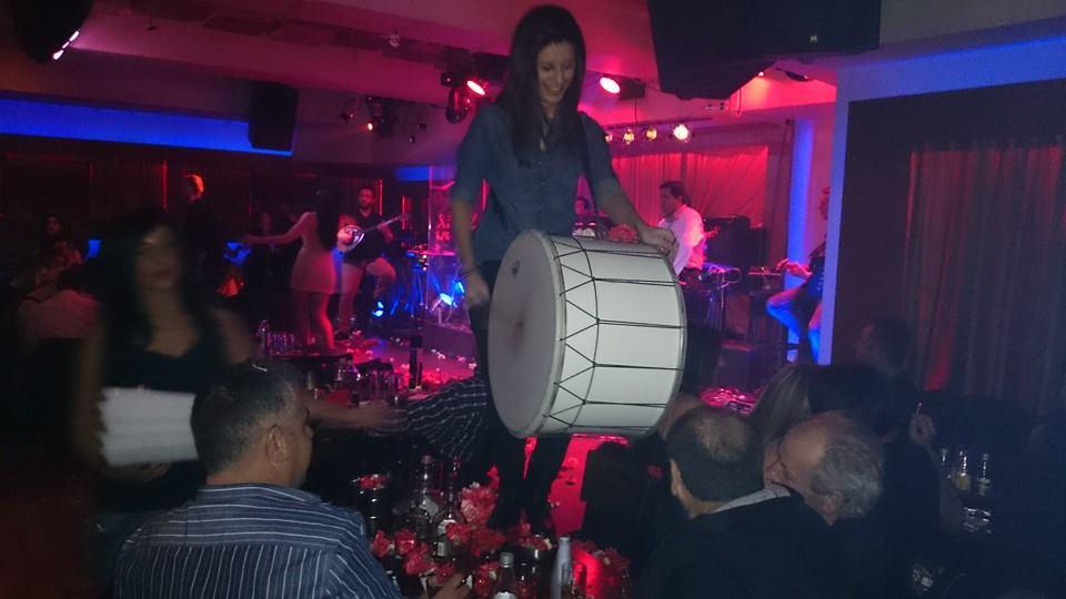 Η διασκέδαση δε σταματά στο Δίχορδο Live στην Κοζάνη, το Σάββατο 31 Ιανουαρίου