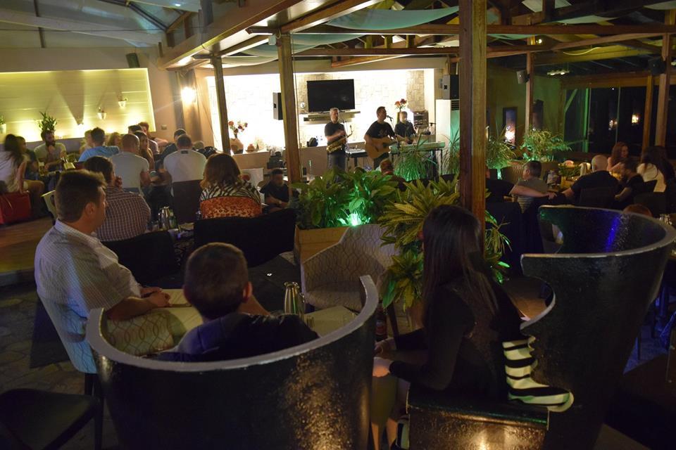 Υπέροχη μουσική βραδιά στο «Ostria» cafe bar στην Νεράιδα Κοζάνης, το βράδυ της Παρασκευής 22 Μαΐου