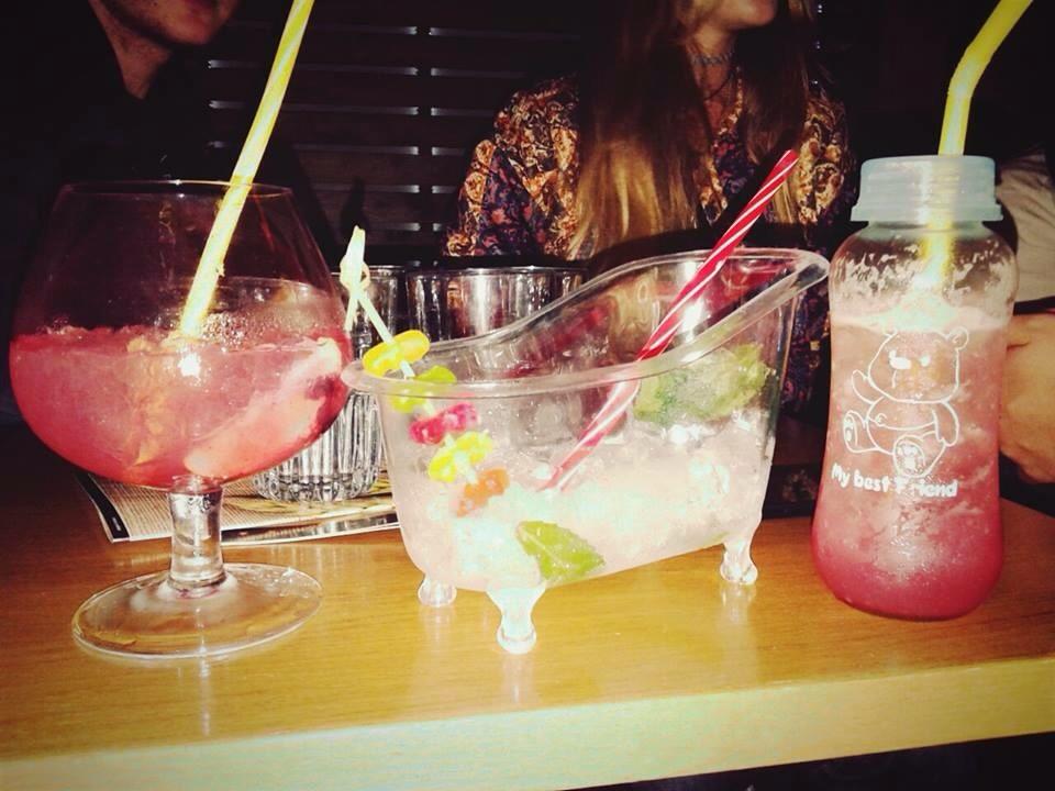 Liberty People's Cafe Bar: Cocktail Party  την Παρασκευή 29 Μαΐου
